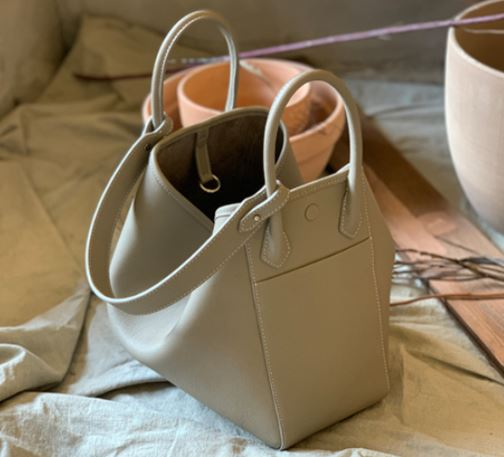 HEXIE BAG L_ beige gray